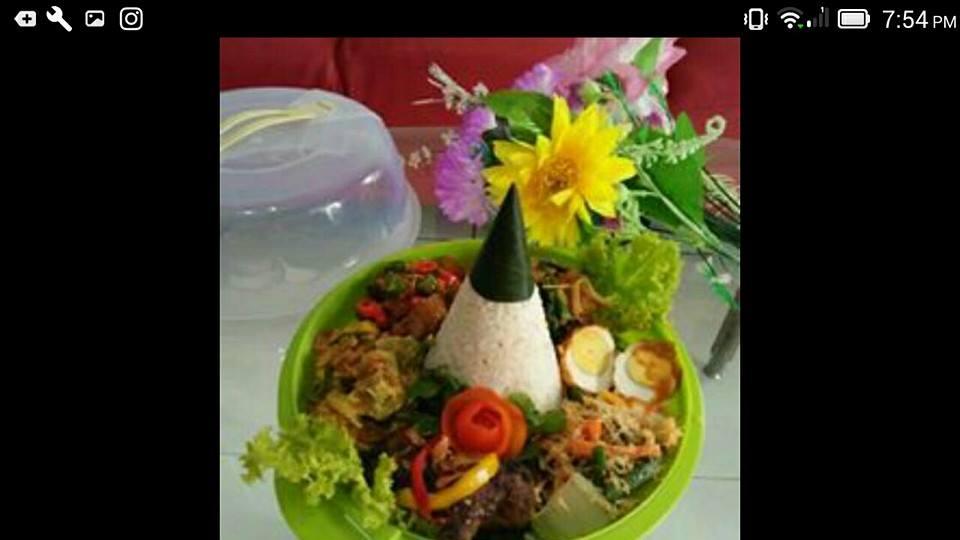tumpeng nasi putih komplit mini