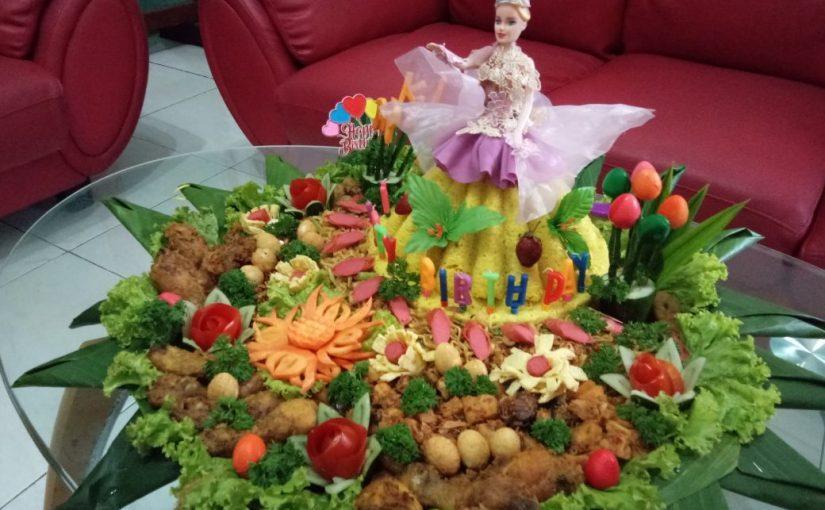 Tumpeng ulang tahun anak karakter model barbie